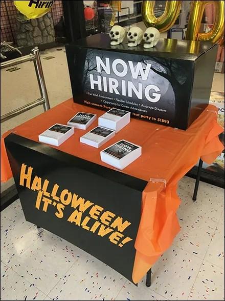 Party-City Halloween-Hiring Table Drape