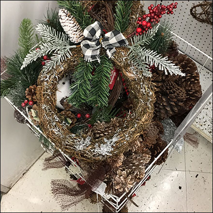 JoAnn's Christmas-Wreath Floorstand Bulk Bin