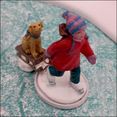Lemax Ice-Skating-Pond Winter Fun Miniature