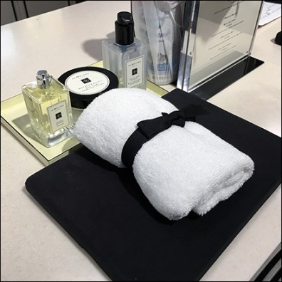 Jo Malone London Lush Hand Towel Amenity Feature