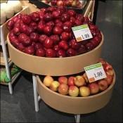 Market 32 Apple Circular Bulk-Bin Outfitting