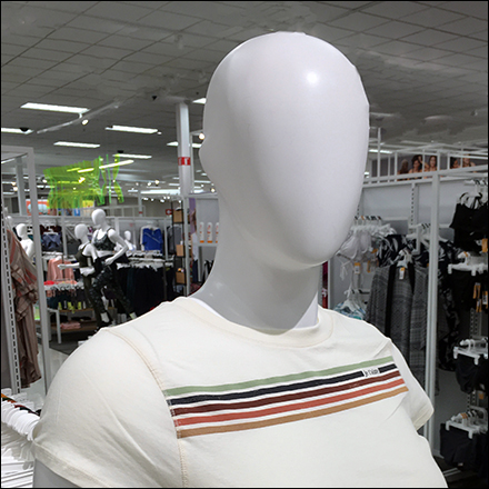 Je T'Aime BBW Casual Fashions Mannequin