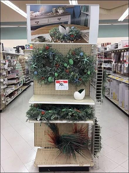 Seascape Wreath Endcap Merchandising