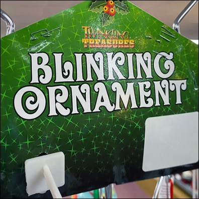 Blinking Ornament Tree Merchandising