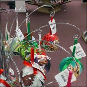 Blinking Ornament Tree Merchandising