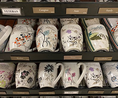 Mark-My-Words Inspirational Mug Display