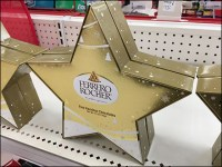 Ferrero-Rocher Shelf-Top Star Display