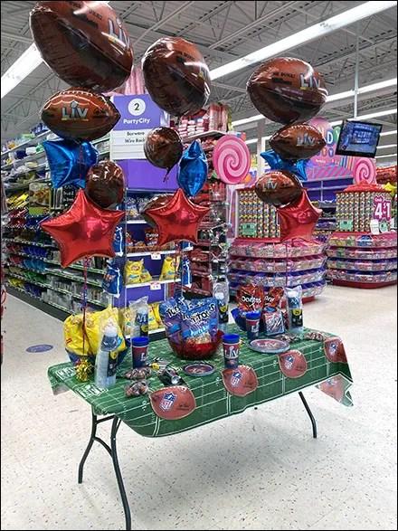 Party-City Super-Bowl Table Setting Theme