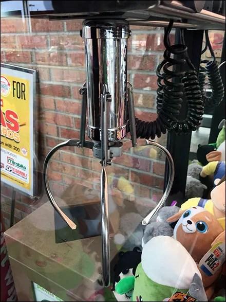 Toy Arcade Claw-Grab Mechanism
