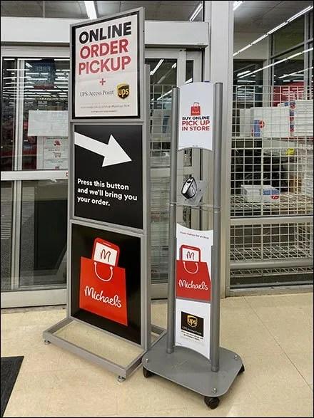 Michael's BOPIS Entry Pickup Station