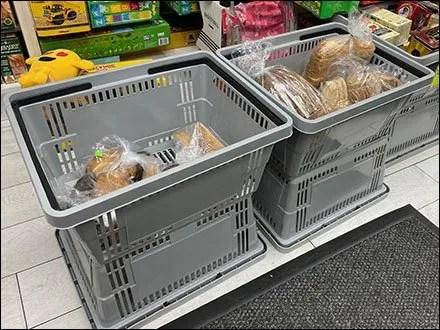 Impromptu Grocery Tote Merchandising Display