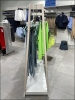 H+M Casual Apparel Trapezoid Rack