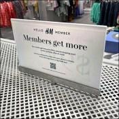 H&M Members-Get-More Median Sign
