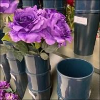Inline Aisle Flower Vase Details