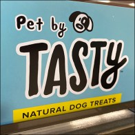Tasty Natural Dog Treats Slatwire Display