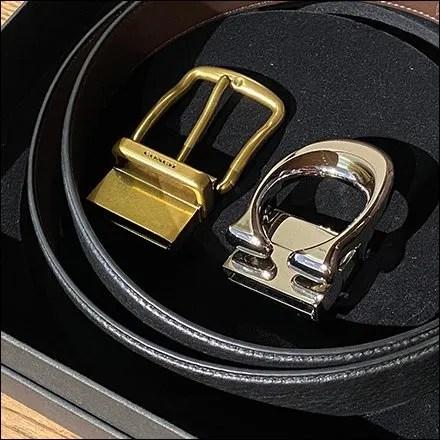Coach Dual-Buckle Belt Tray Presentation Aux2