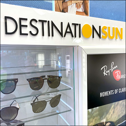 Destination-Sun Sunglasses Cabinet Display