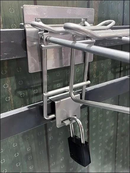 Baseball-Bat Faceout Backplate Anchor Lock