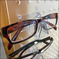 Acrylic-Pegboard Plastic Eyeglass Faceouts