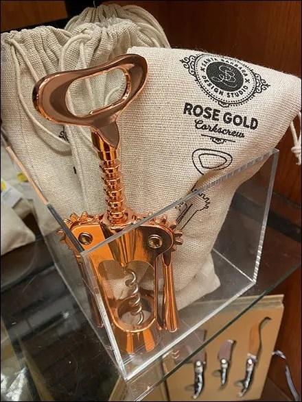 Seasonal Rose-Gold Corkscrew Burlap Sack