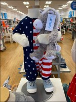H&M Fourth-of-July Holiday Mannequins