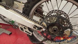 Step 1 - 1997 - 2001 Honda CR250 - Remove Rear Wheel