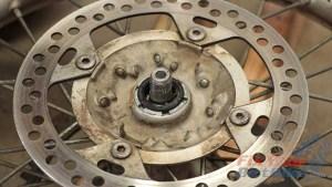 Step 32 - 1997 - 2001 Honda CR250 - Install Brake Side bearing Seal