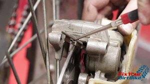 1997 - 2001 Honda CR250 - Brakes - Install Pad Spring