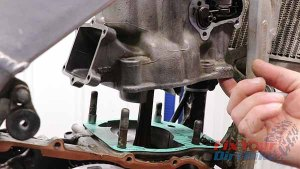 Installation - Align Exhaust Valve Drive Shaft With Pinion
