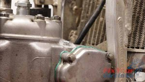 1997-2001 Honda CR250 - Top End Rebuild - Leak Down Test - Exhaust Valve Stopper Bolt