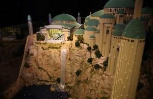 Mind Blowing 250,000 Piece LEGO Star Wars Display