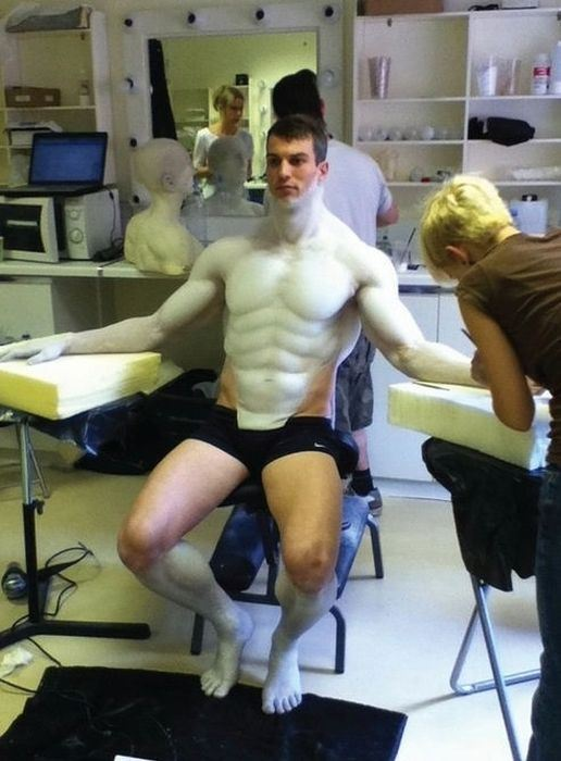 the_making_of_an_engineer_from_prometheus_640_high_03