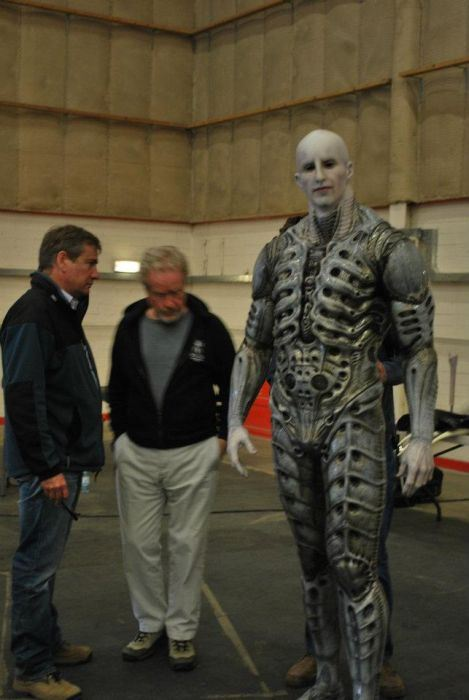 the_making_of_an_engineer_from_prometheus_640_high_25
