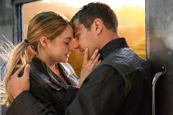 Divergent_37