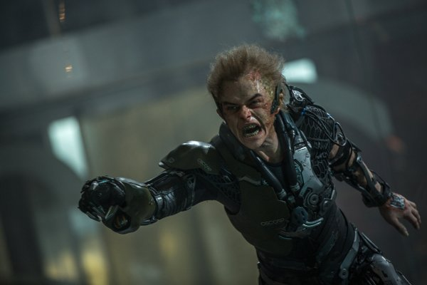 the-amazing-spider-man-2-photos-green-goblin-rhino-and-more