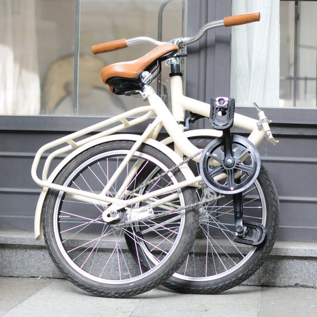 Folding Bicycle by Bruna