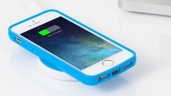 Charge Your iPhone Underwater Wirelessly With This Gadget