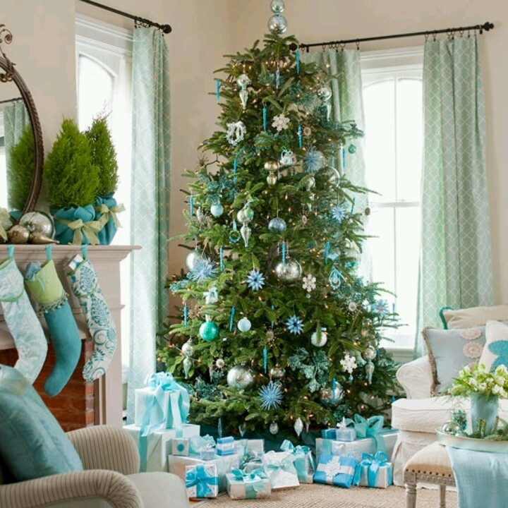 15 christmas tree decoration ideas - Turquoise Christmas Tree Decorations