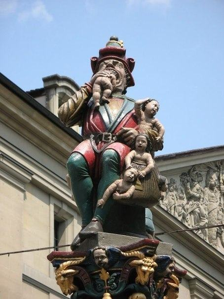 20 Most Ridiculous Statues Ever Made