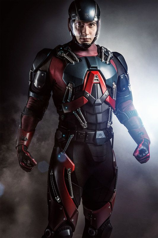 Brandon Routh in his Atom Exosuit