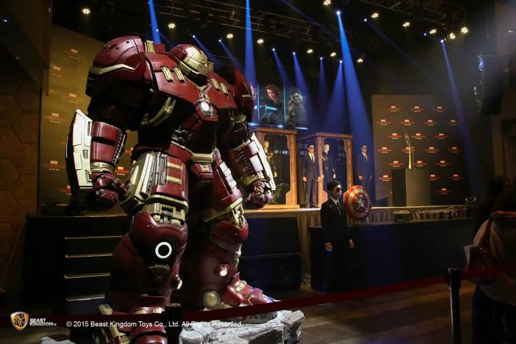 Stunning Life-Sized Hulkbuster Statue