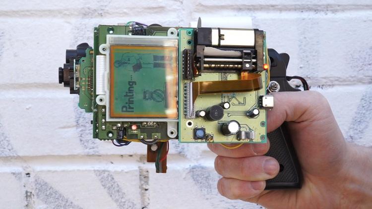 Hacked Gameboy Instant Photo Gun