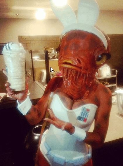 Sexy Admiral Ackbar Cosplay From Star Wars Celebration 2