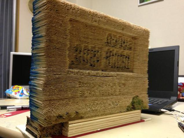 14,000 Toothpicks Recreated The Opening Screen Of SUPER MARIO BROS