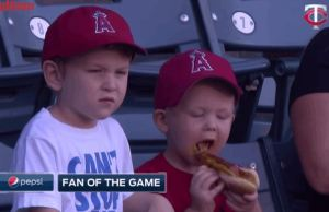 This Little Kid Is The Worst At Eating Hot Dogs