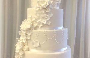 Wedding Cake With a Heroic Secret Identity