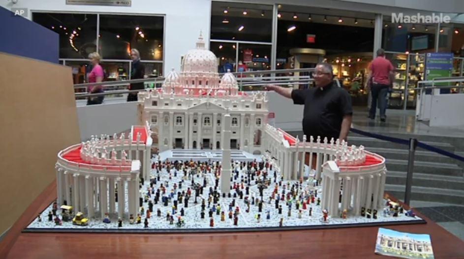Vatican Replica Made With 500,000 Lego Bricks