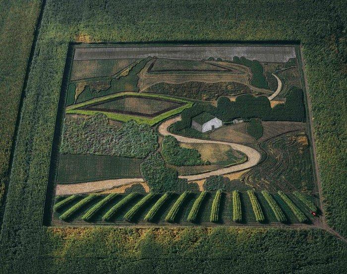 The Earthworks of Stan Herd
