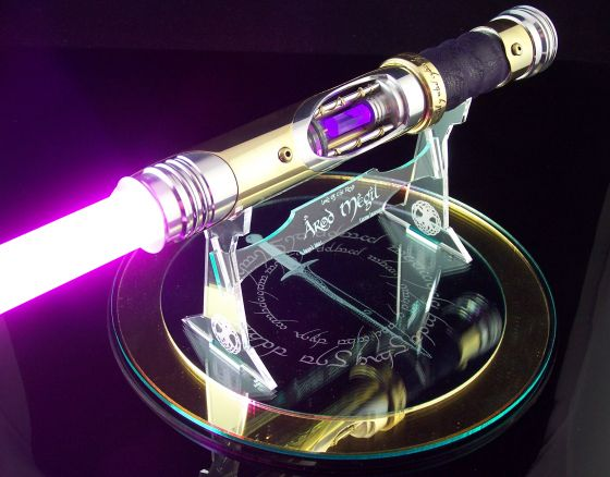 Incredible LORD OF THE RINGS-Inspired Lightsaber