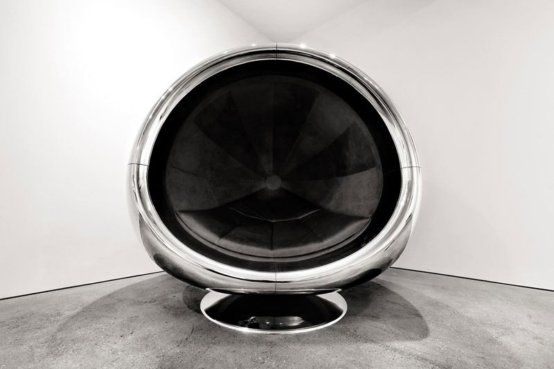 fallen-furniture-made-from-old-airplane-parts- (7)